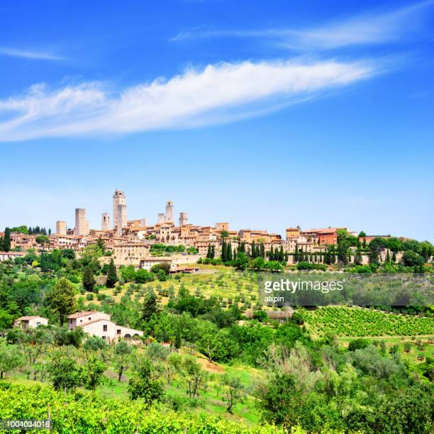 san gimignano in tuscany, italy - siena italy stock pictures, royalty-free photos & images