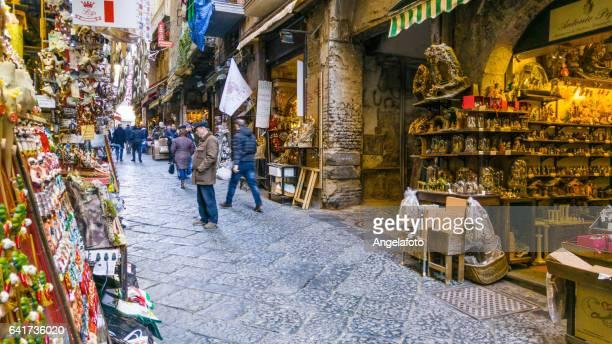 san gregorio armeno street in naples, italy - centro storico foto e immagini stock
