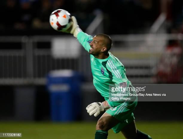 San Jose Earthquakes' goal keeper Jon Busch throws the ball against Deportivo Toluca FC in the first half at Buck Shaw Stadium in Santa Clara Calif...