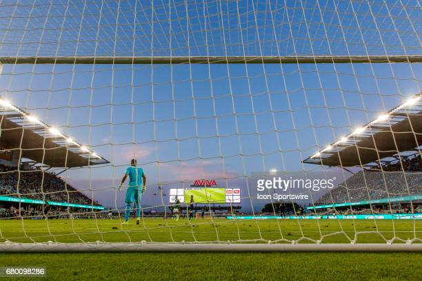 San Jose Earthquakes goalkeeper David Bingham surveys the field during the Major League Soccer game between the Portland Timbers and the San Jose...