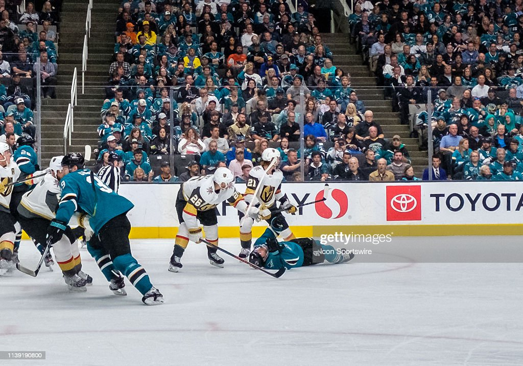 NHL: APR 23 Stanley Cup Playoffs First Round - Golden Knights at Sharks : News Photo