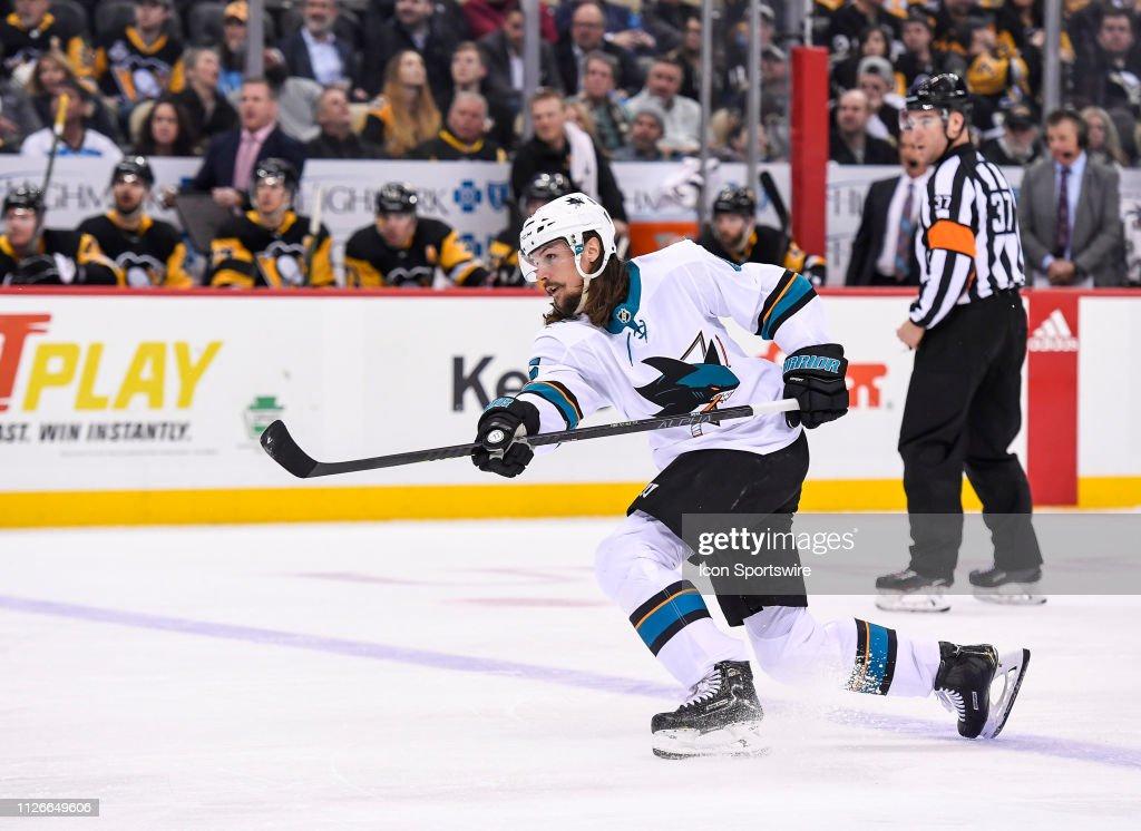 NHL: FEB 21 Sharks at Penguins : News Photo