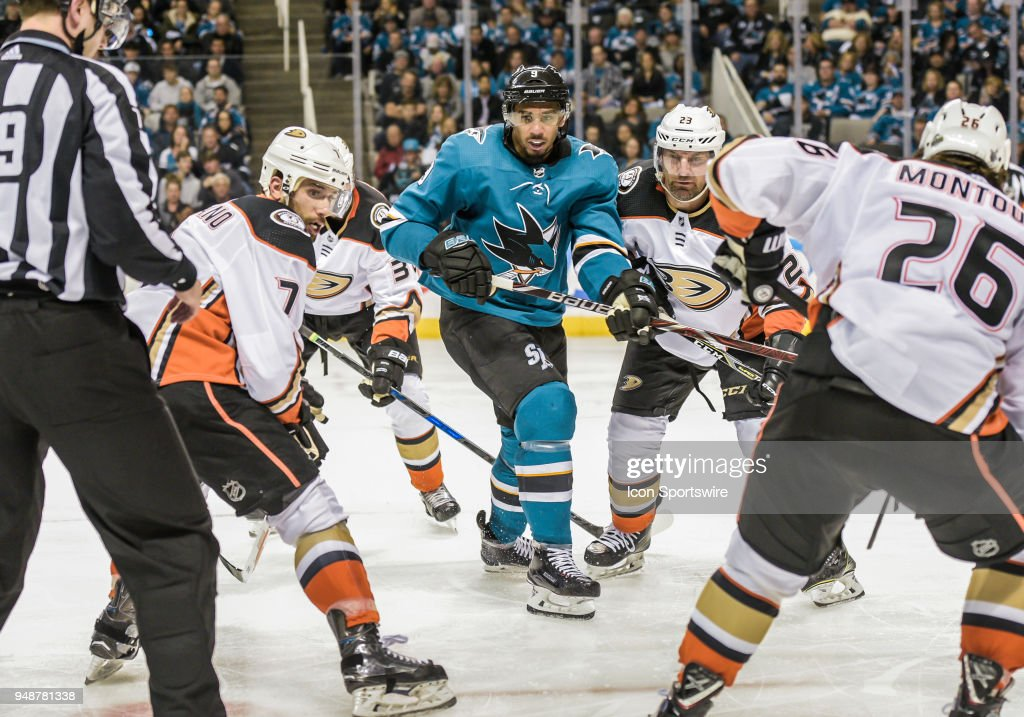 NHL: APR 16 Stanley Cup Playoffs First Round Game 3 - Ducks at Sharks : News Photo
