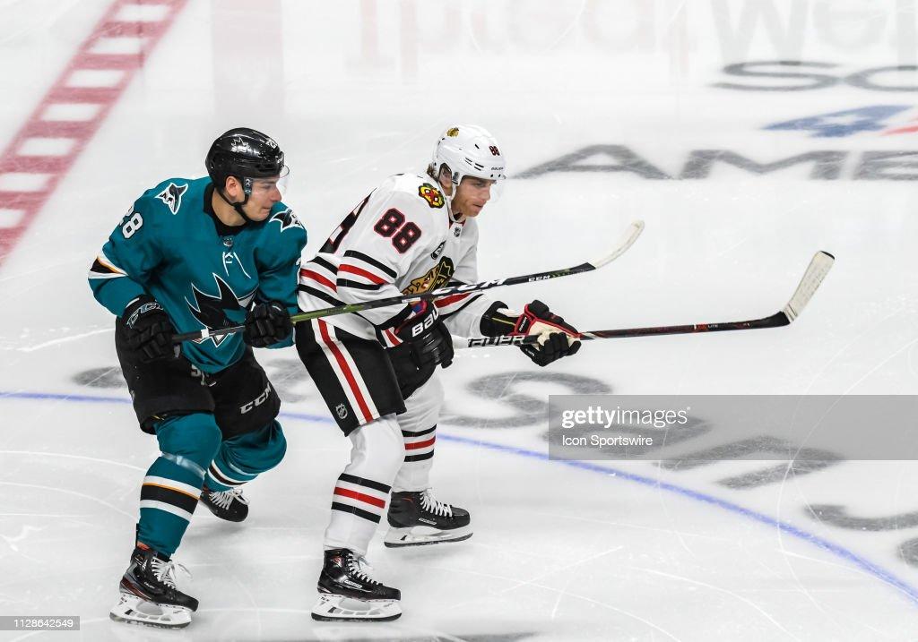 NHL: MAR 03 Blackhawks at Sharks : News Photo