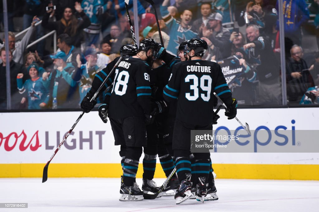 NHL: DEC 13 Stars at Sharks : News Photo