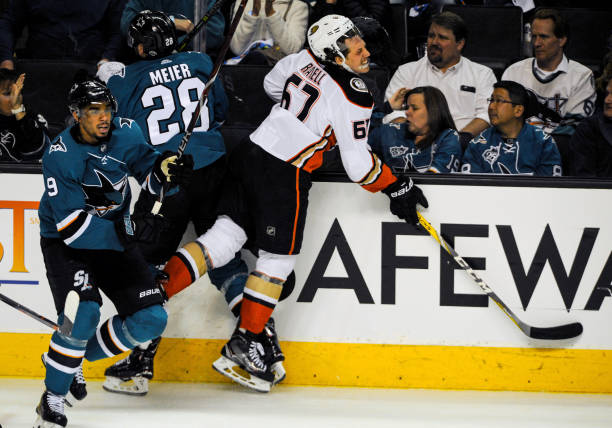 NHL  APR 18 Stanley Cup Playoffs First Round Game 4 - Ducks at Sharks e02d3ddf7