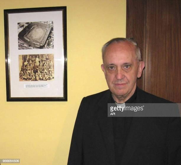 San Lorenzo Club BUENOS AIRES Photos given by the San Lorenzo Futbol Club Jorge Bergoglio is associated and fan of the club