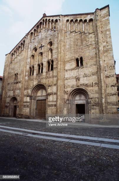 San Michele in Pavia: Facade