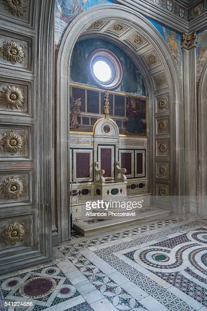san miniato al monte church, cappella del cardinale portoghese - san miniato stock pictures, royalty-free photos & images