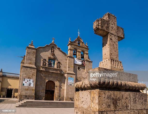 iglesia de san pedro apostol, zapopan, méxico - zapopan fotografías e imágenes de stock