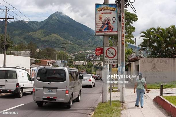 san salvador city traffic - san salvador stock pictures, royalty-free photos & images