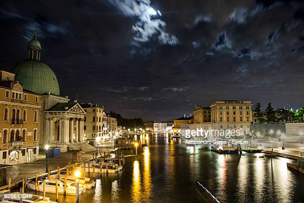 san simeone piccolo by grand canal against sky at dusk in city - simeone stock pictures, royalty-free photos & images