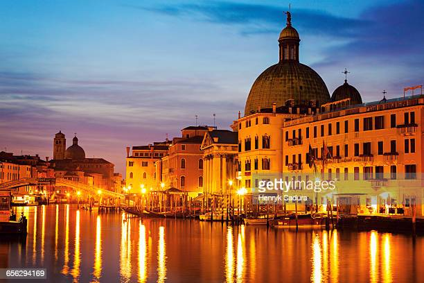 san simeone piccolo church by grand canal venice, veneto, italy - simeone stock pictures, royalty-free photos & images