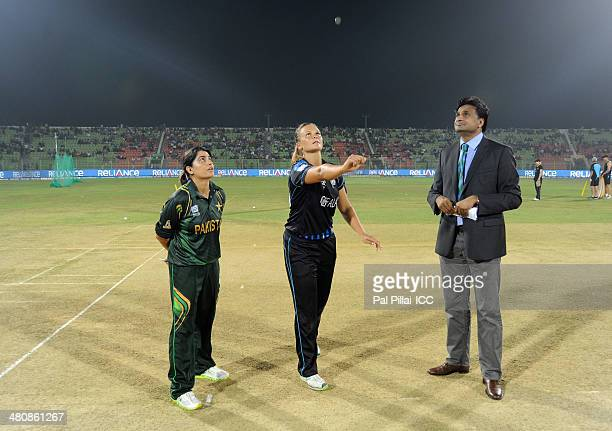 Sana Mir captain of Pakistan Suzie Bates captain of New Zealand and ICC match referee Javagal Srinath during the toss before the start of the ICC...