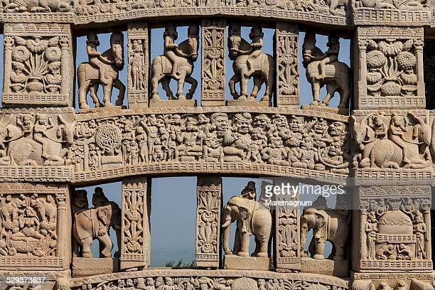 sanchi, detail of northern gate of the great stupa - stupa stock pictures, royalty-free photos & images