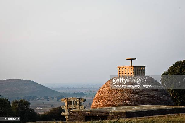sanchi stupa - stupa stock pictures, royalty-free photos & images