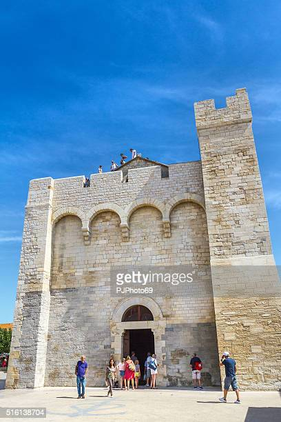 sanctuaire des saintes-maries-de-la-mer - pjphoto69 stock pictures, royalty-free photos & images