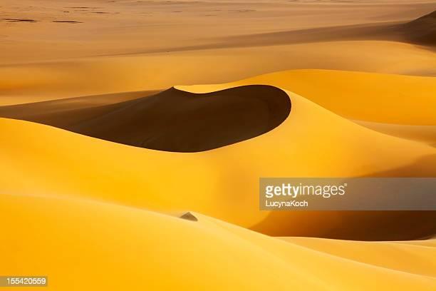 砂丘の日の出