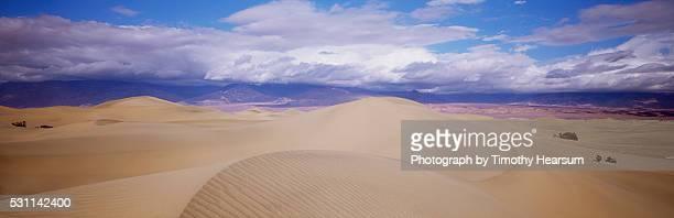 sand dunes in california - timothy hearsum stock-fotos und bilder