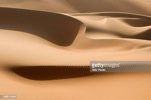 Sand dunes, Rub Al Khali desert.