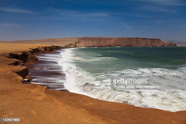 sand stone desert coast - pisco peru stock photos and pictures