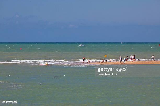 sandbank, cabourh - calvados stock pictures, royalty-free photos & images