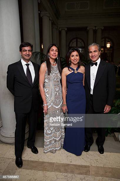 Sandeep Mathrani Ayesha BulchandaniMathrani Anjali Melwani and Prakash Melwani attend the 2014 Frick Collection Autumn Dinner at The Frick Collection...