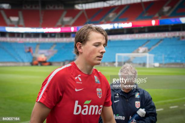 Sander Berge of Norway during the FIFA 2018 World Cup Qualifier training between Norway and Aserbajdsjan at Ullevaal Stadion on August 29 2017 in Oslo