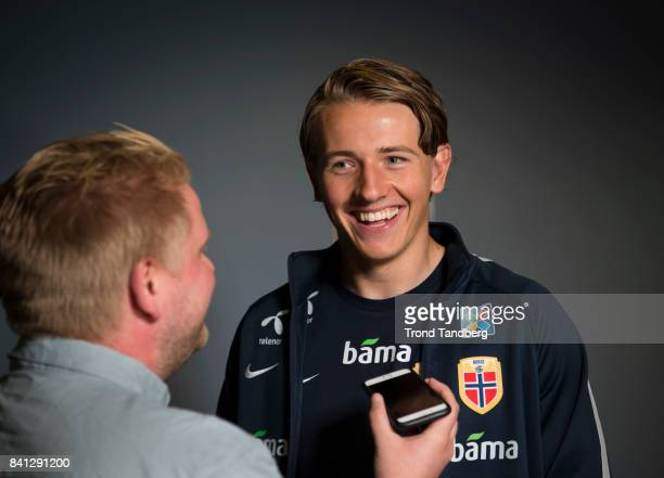 Sander Berge of Norway during the FIFA 2018 World Cup Qualifier training / press meeting between Norway and Azerbaijan at Ullevaal Stadion on August...