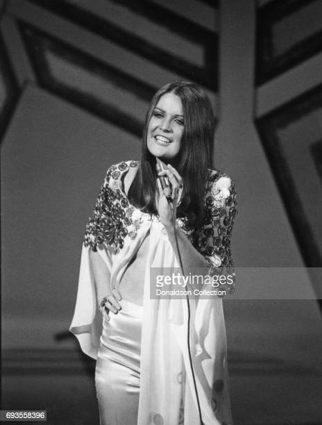 Sandie Shaw performs on This Is Tom Jones TV show in circa 1970 in Los Angeles California