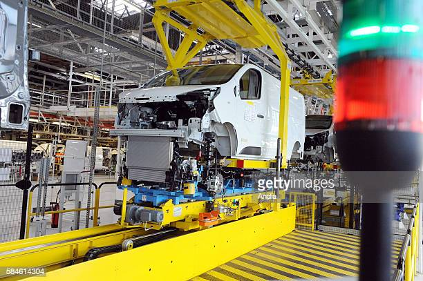 Sandouville Renault factory on production line for the allnew Trafic van III Assembly line