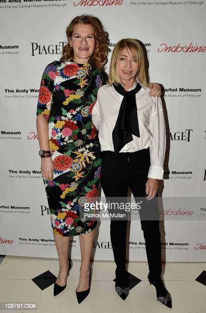 Sandra Bernhard and Kim Gordon attend The Andy Warhol Museum's Annual NYC Dinner at Indochine on November 12 2018 in New York City