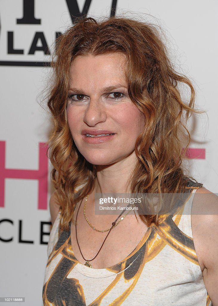 Sandra Bernhard attends the 'Hot in Cleveland' premiere at the Crosby Street Hotel on June 14, 2010 in New York City.