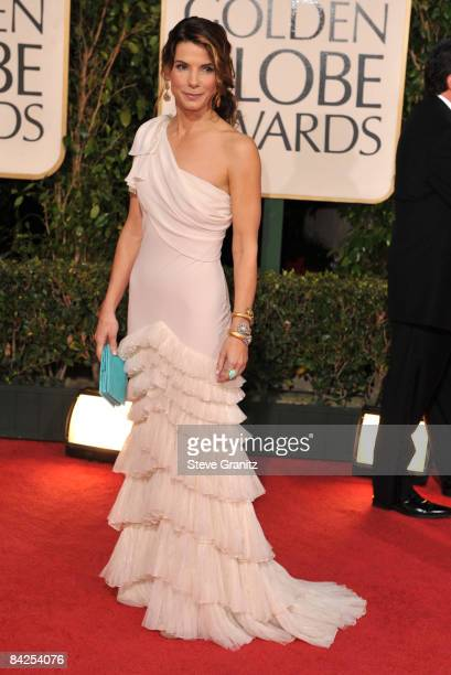 Sandra Bullock arrives at The 66th Annual Golden Globe Awards at The Beverly Hilton Hotel on January 11 2009 in Hollywood California