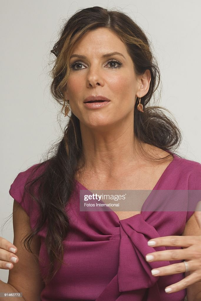 Sandra Bullock dating igen
