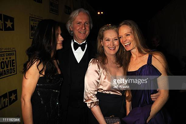 Sandra Bullock James Cameron Meryl Streep and Suzy Amis attend the 15th Annual Critics' Choice Movie Awards held at the Hollywood Palladium on...