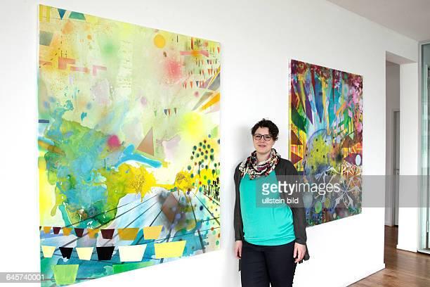 Sandra Lange gastiert mit ihrer Ausstellung 'Konstruktive Interferenz' vom 01 Februar bis 11 März 2015 in der Galerie Heinz Holtmann KölnDas Bild...