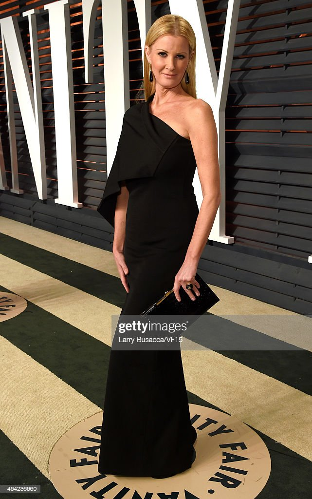 2015 Vanity Fair Oscar Party Hosted By Graydon Carter - Roaming Arrivals