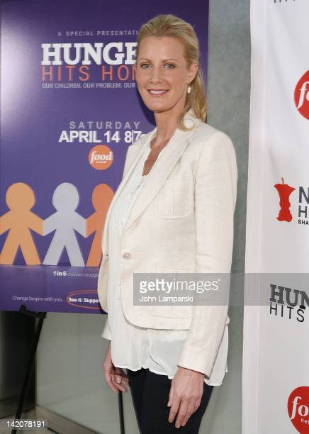 Sandra Lee attends the 'Hunger Hits Home' screening at the Hearst Screening Room on March 29 2012 in New York City