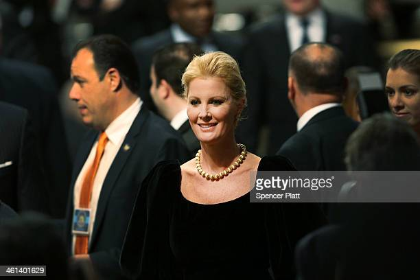 Sandra Lee girlfriend of New York Governor Andrew Cuomo attends his State of the State address on January 8 2014 in Albany New York Among other...