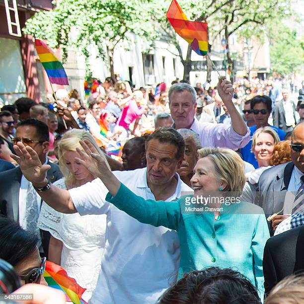 Sandra Lee New York Governor Andrew Cuomo New York City Mayor Bill de Blasio and Democratic Presidential candidate HIllary Clinton attends the 2016...