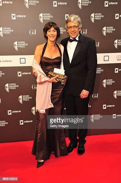 Sandra Maahn and Dr. Christoph Goetz attend the Henri-Nannen-Award at the Schauspielhaus on May 8, 2009 in Hamburg, Germany.