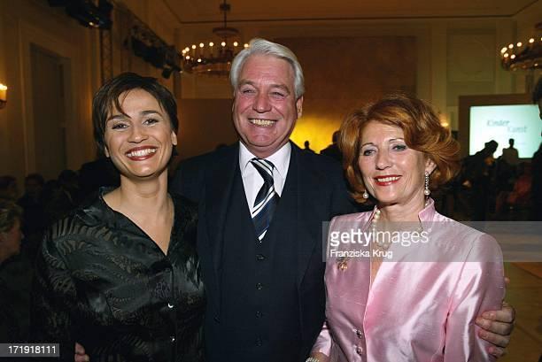 Sandra Maischberger und Frank Woessner Bei Charity Modenschau Auf Schloss Bellevue