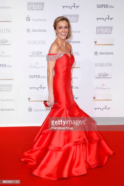 Sandra Maria Gronewald attends the Goldene Henne on October 13 2017 in Leipzig Germany