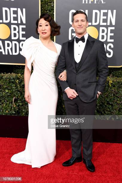 Sandra Oh and Andy Samberg attend the 76th Annual Golden Globe Awards at The Beverly Hilton Hotel on January 6, 2019 in Beverly Hills, California.