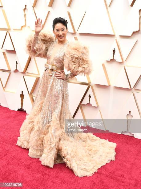Sandra Oh arrives at the 92nd Annual Academy Awards at Hollywood and Highland on February 09, 2020 in Hollywood, California.