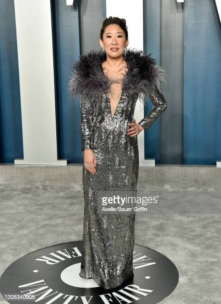 Sandra Oh attends the 2020 Vanity Fair Oscar Party hosted by Radhika Jones at Wallis Annenberg Center for the Performing Arts on February 09, 2020 in...