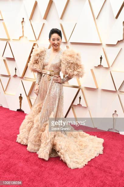 Sandra Oh attends the 92nd Annual Academy Awards at Hollywood and Highland on February 09, 2020 in Hollywood, California.