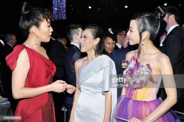 Sandra Oh Tan Kheng Hua and Fiona Xie attend the 25th Annual Screen ActorsGuild Awards at The Shrine Auditorium on January 27 2019 in Los Angeles...