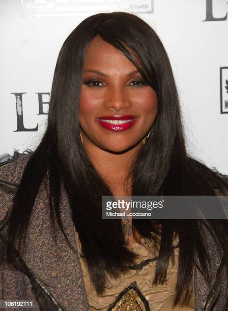 Sandra Pepa Denton of SaltNPepa arrives at the I Am Legend New York Premiere at Theater at Madison Square Garden on December 11 2007 in New York City